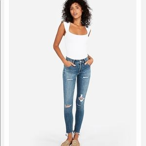 Express Mid Rise Ripped Ankle Cropped Jean 4 NWT